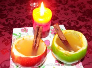 Пряный яблочный напиток с корице и медом
