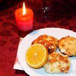 Сырники с изюмом и шафраном - простой рецепт вкусного творожного десерта