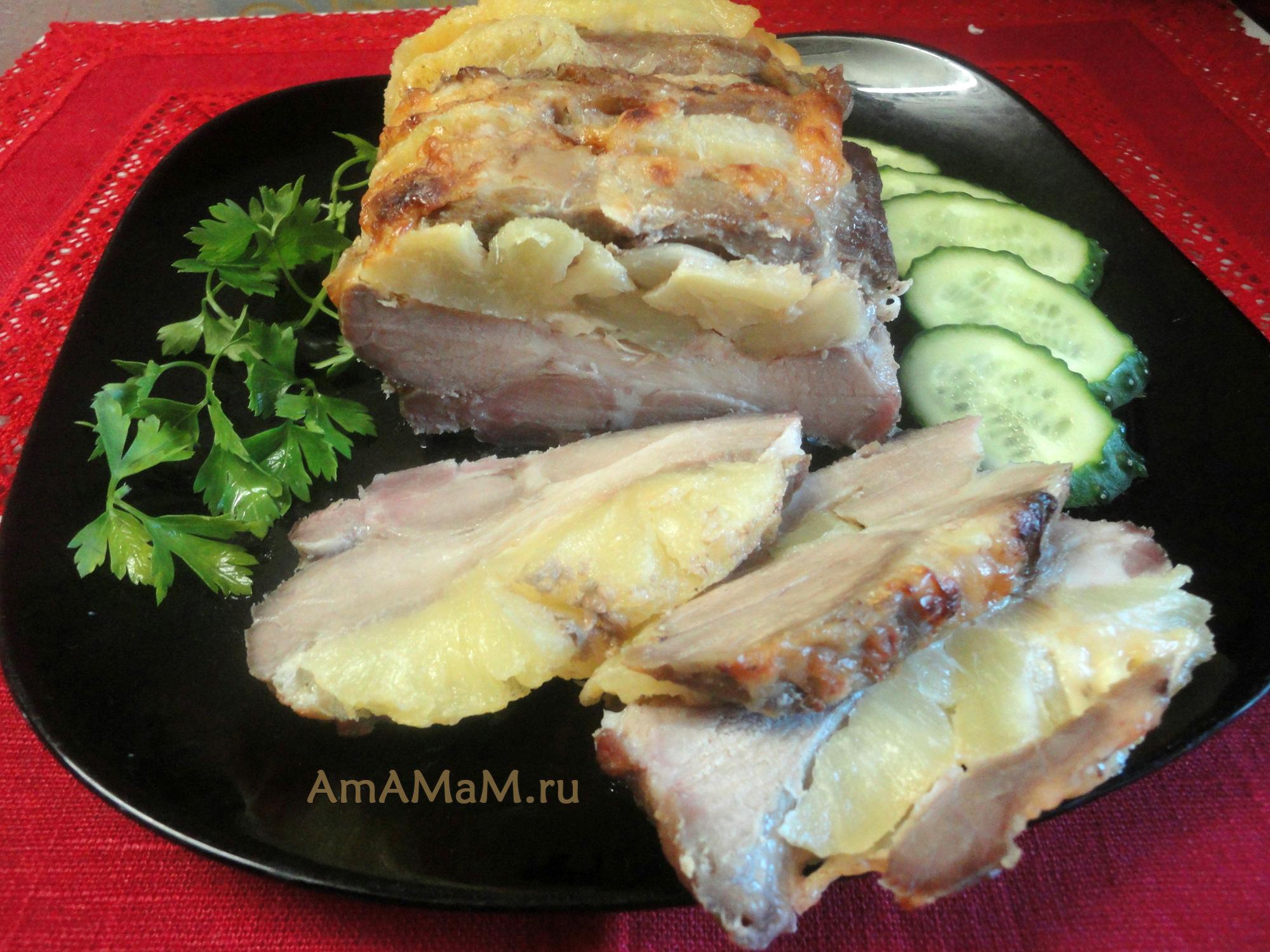 мясо в духовке с ананасами и сыром рецепт