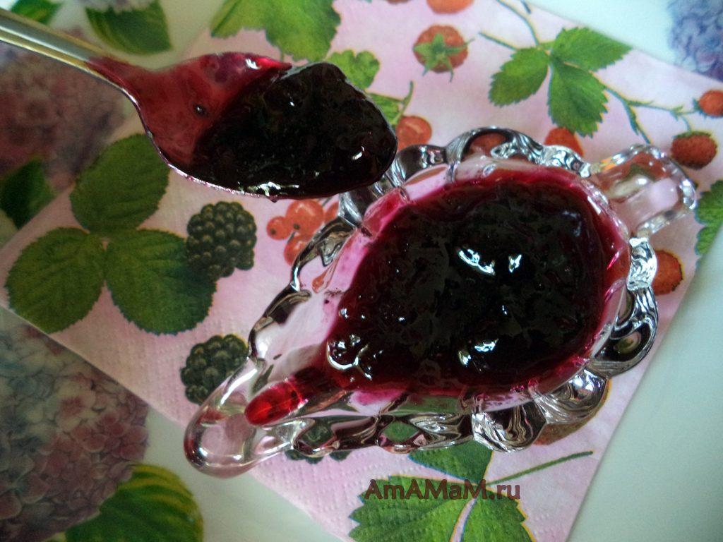 Варенье из черной смородины (протертой с сахаром)