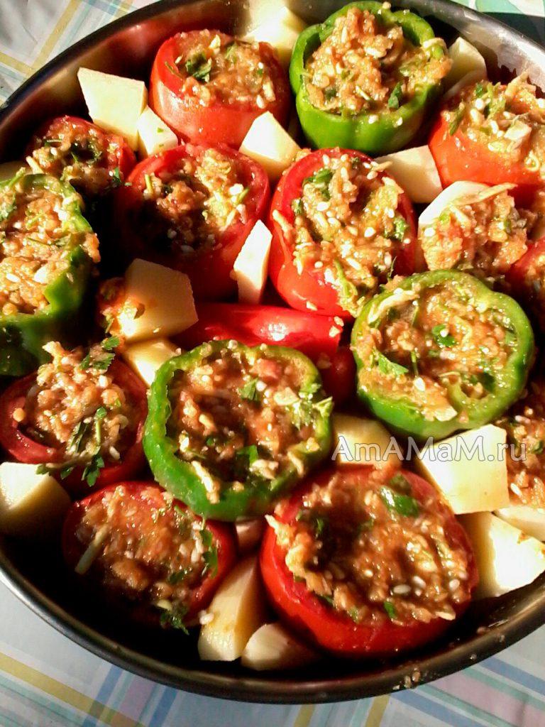 Запекание перца и помидоров с начинкой в духовке - рецепт