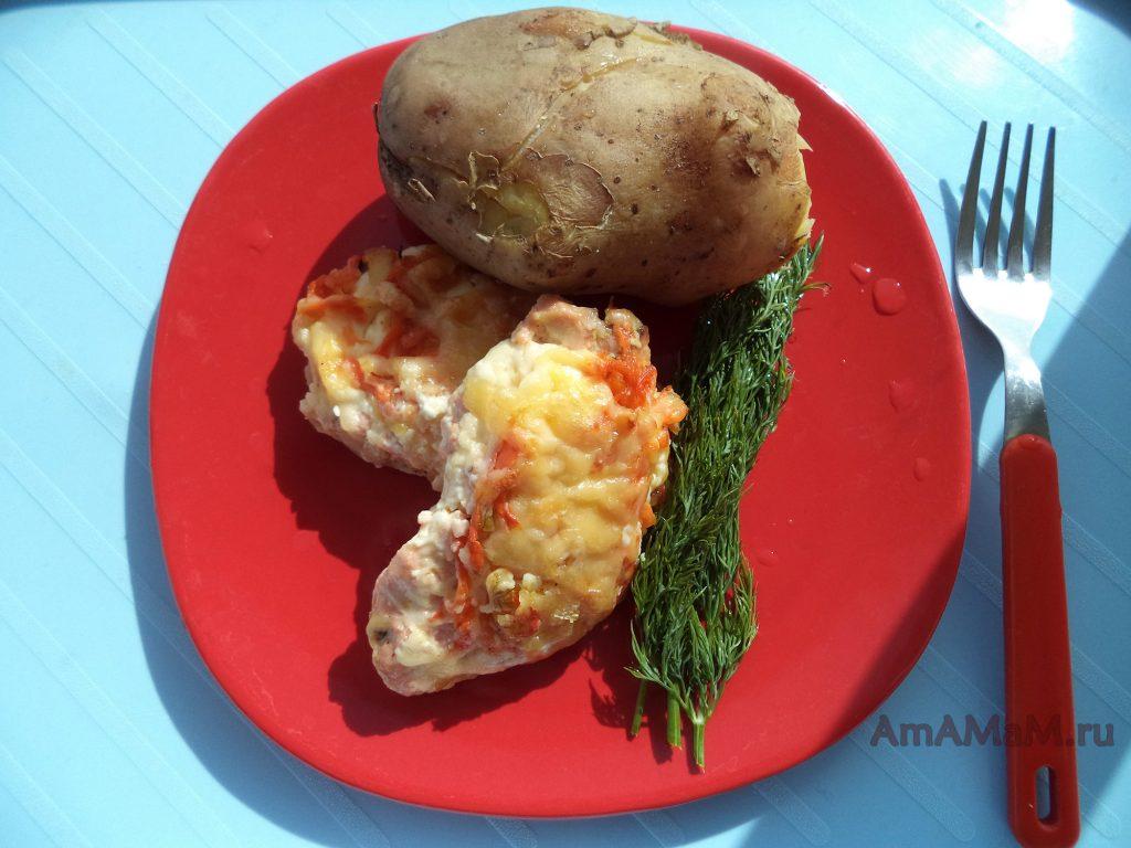 Как приготовить горбушу в духовке с картошкой