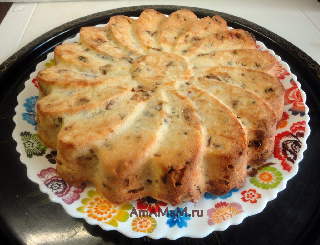 Приготовление бисквитных пирогов с сухофруктами
