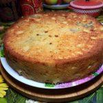 Вкусный аппетитный яблочный пирог - фото и рецепт