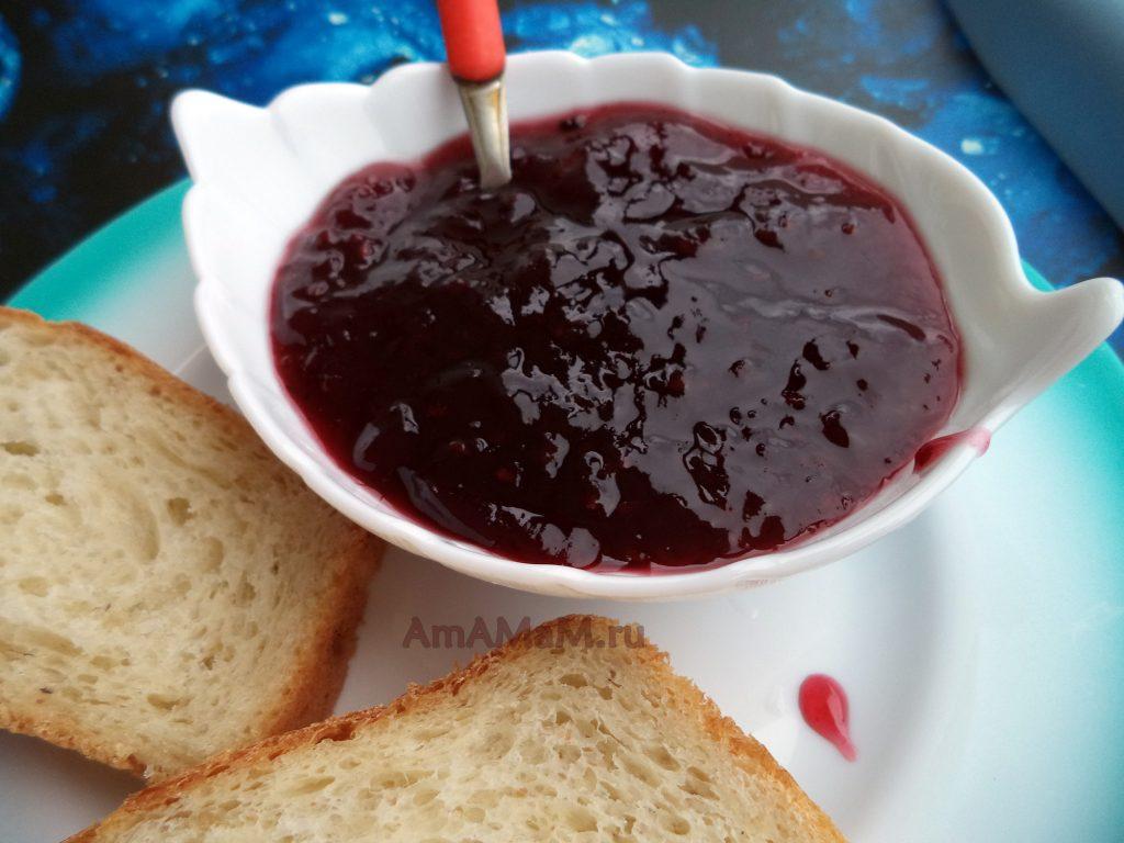 Простой рецепт варенья из ежевики на зиму