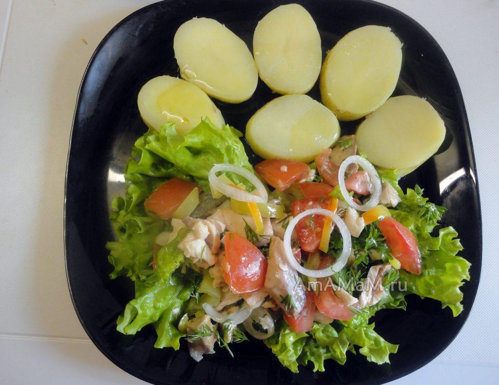 Салат из кеты - рецепт и фото