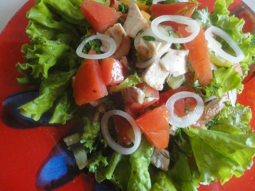 Рыбный салат из жареной кеты