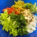 Салат с жареной кетой - фото и рецепт