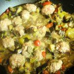 Рецепт рагу из баклажанов с тефтельками