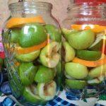 Как делать грушево-яблочный компот на зиму - рецепт