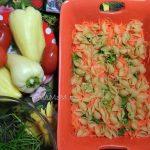 Гювеч из макарон с курицей - рецепт