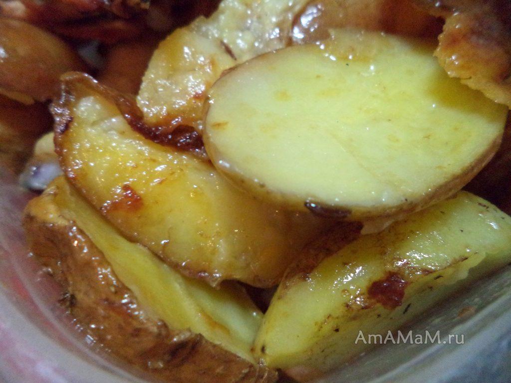 Как запечь картошку с курицей