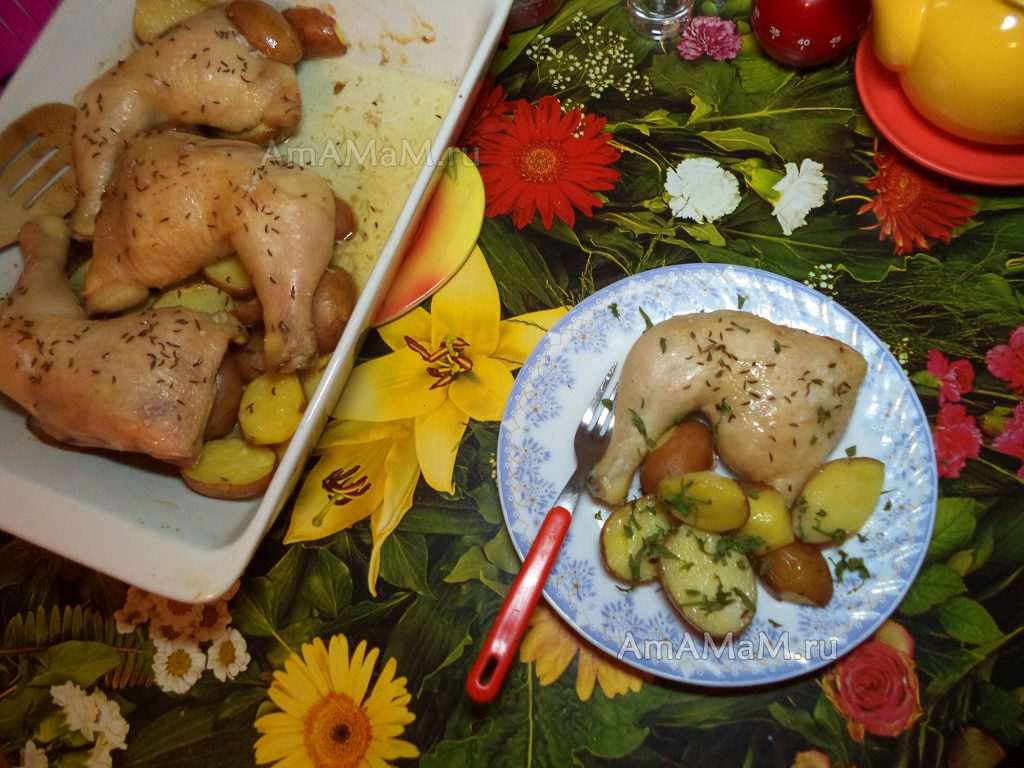 Курица с картофелем - как запечь в духовке