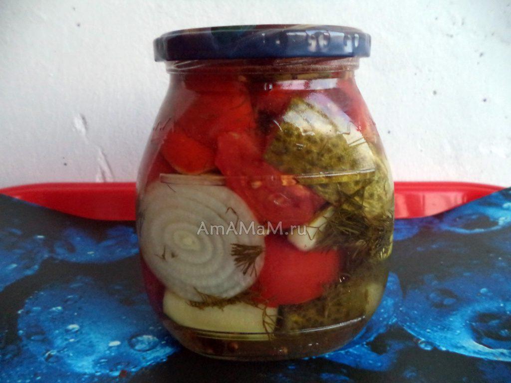 Заготовка салатов на зиму - огурцы-помидоры