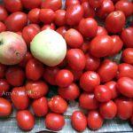 Помидоры и яблоки для рецепта фасоли