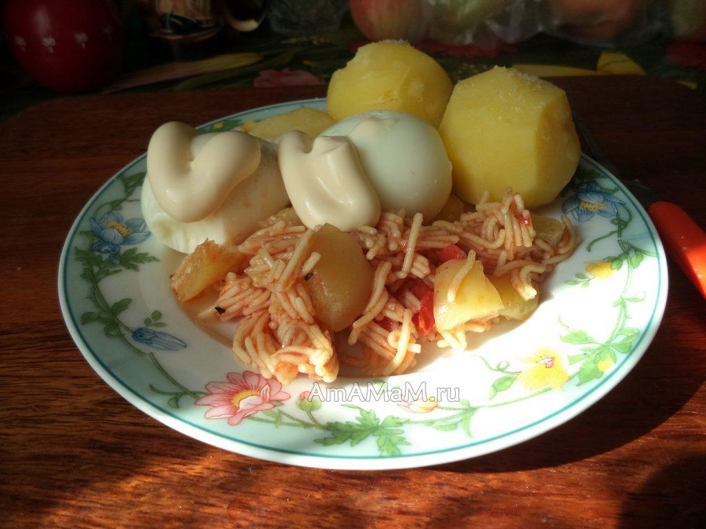 Рецепт салата с вермишелью