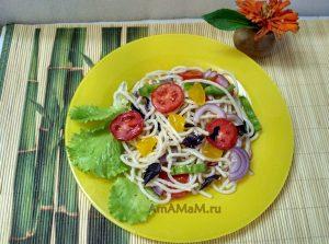 Спагетти - рецепт салата с овощами и жетками