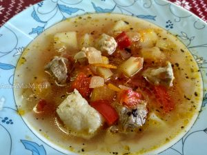 Томатный суп из свинины