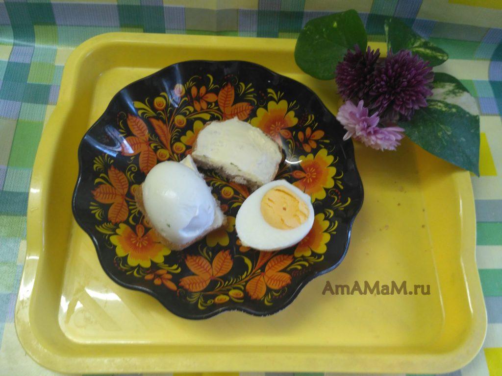 Бутерброды с яйцами - простой рецепт