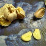 Маринованные яйца - процесс приготовления