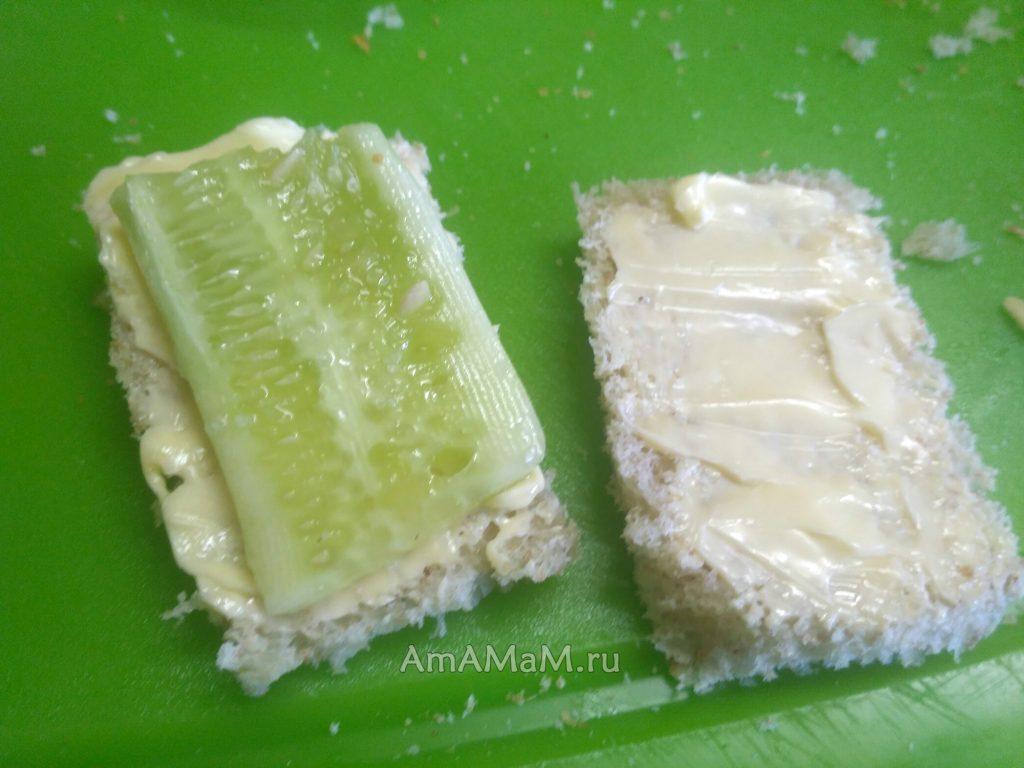 Способ нарезки огурца в сэндвич