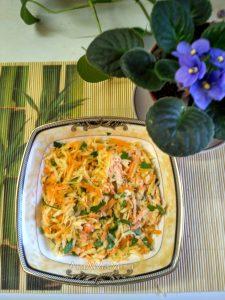 Салат из репки и моркови с зленью