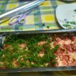 Сборка террина из свинины с зеленью и морковью