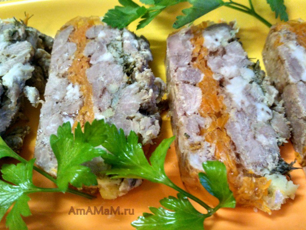 РУлет мясной домашний из свинины рубленой кусочками
