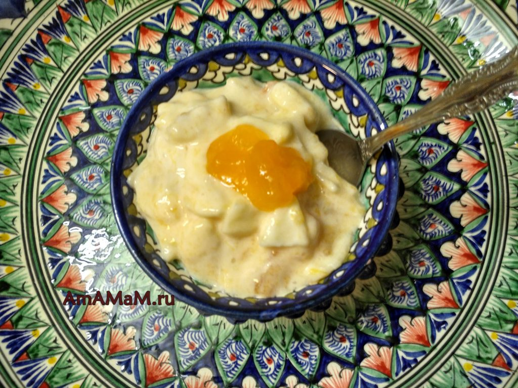Салат фруктовый с хурмой
