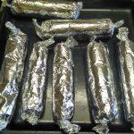 Рецепт запекания колбасок в фольге
