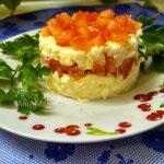 Еврейский салат – рецепты с хурмой и с помидором