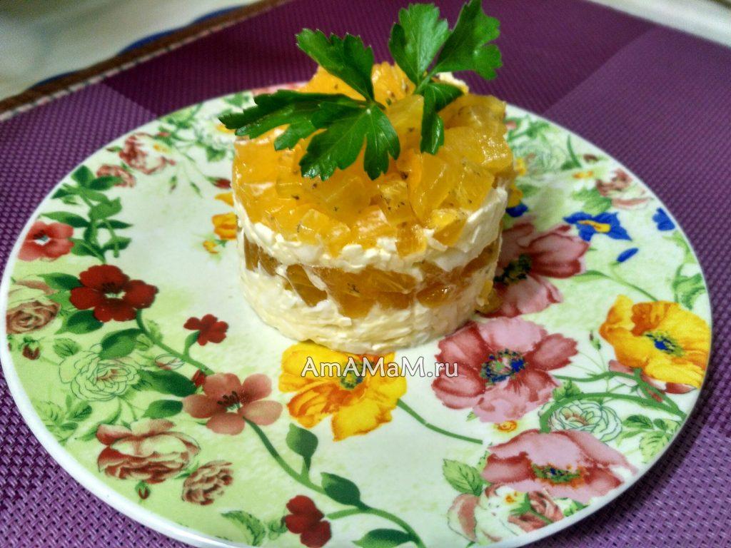 Рецепт салата с хурмой и плавленым сырком