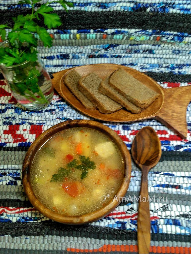 Куриный фасолевый суп с плавленым сырком