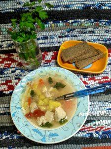 Суп из фасоли и курицы с плавленым сыром