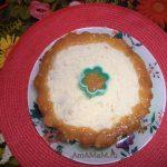 Варенье на торте - простое украшение