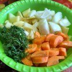 Овощи для запекания в пакете с бедрышками