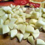 Нарезка картошки в суп - фото