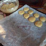 Приготовление рпотсого домашнего печенья с медом