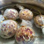 Варка пасхальных яиц в шелухе и зеленке