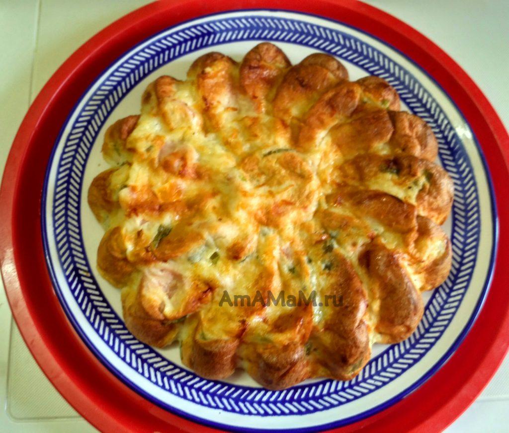 Быстрый пирог с сосисками