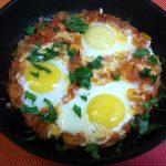 Шакшука – ближневосточная яичница с жареными овощами