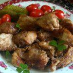 Жареная куриная грудка в соевом соусе и крахмале