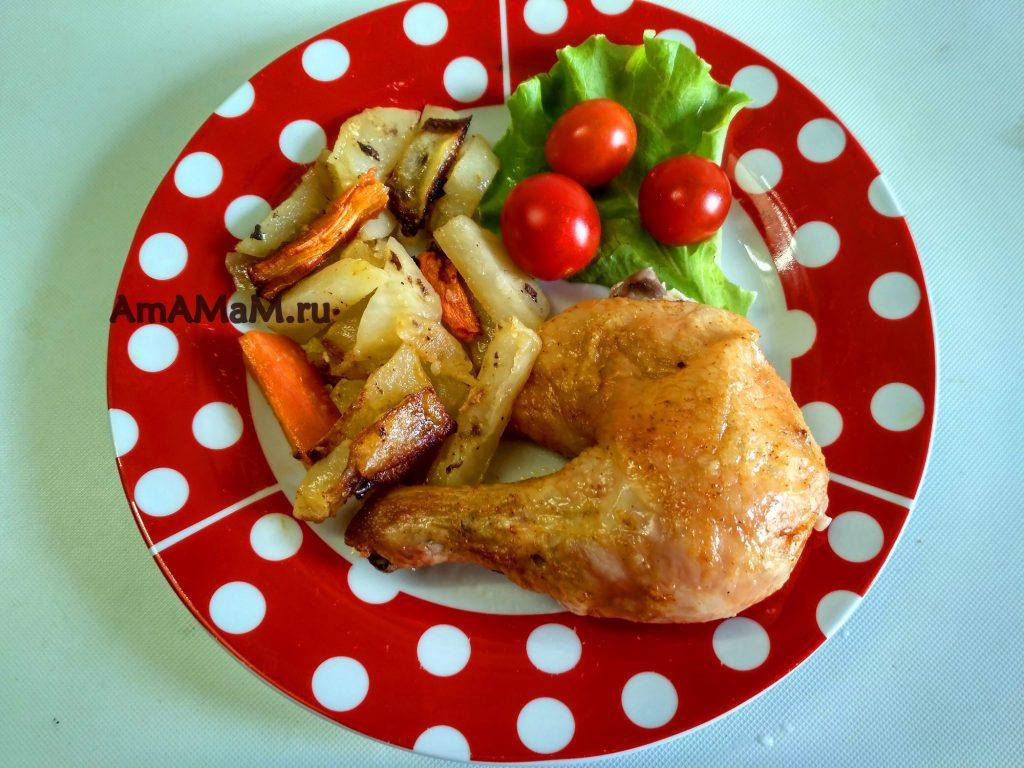 Курочка с картошкой в духовке - простой рецепт