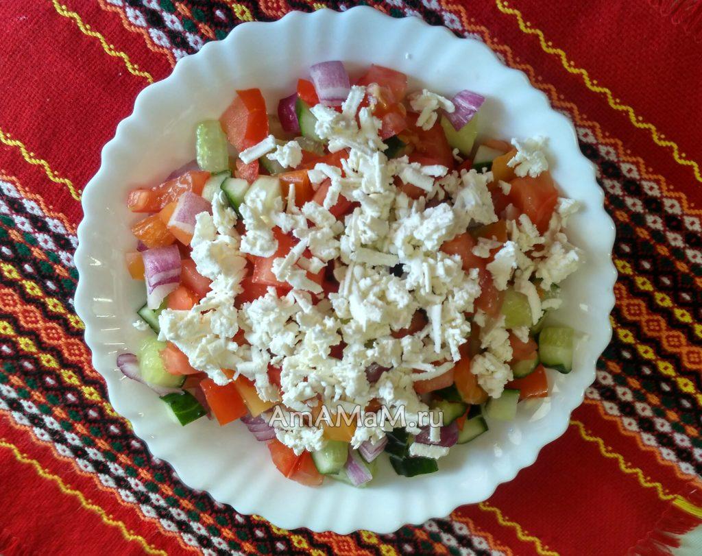 Блюда болгарской кухни - шопский салат