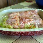 Как сделать капусту с бедрышками в духовке - рецепт запекания