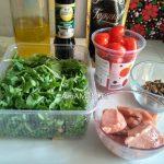 Что нужно для салата с красной рыбой и рукколой