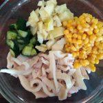 Приготовление салата из кальмаров - рецепт