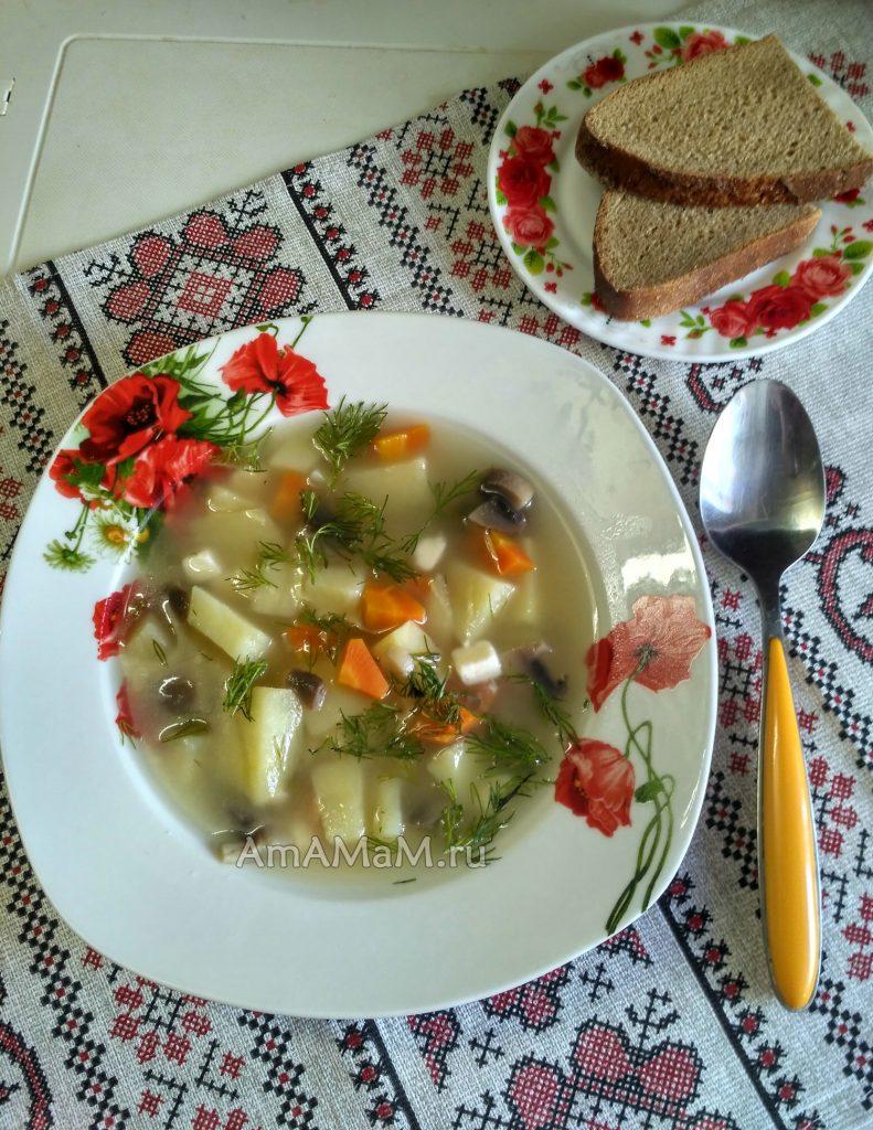 Суп с шампиньноами и плавленым сырком - простой рецепт