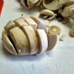 Как правильно нарезать грибы для супа (шампиньоны)