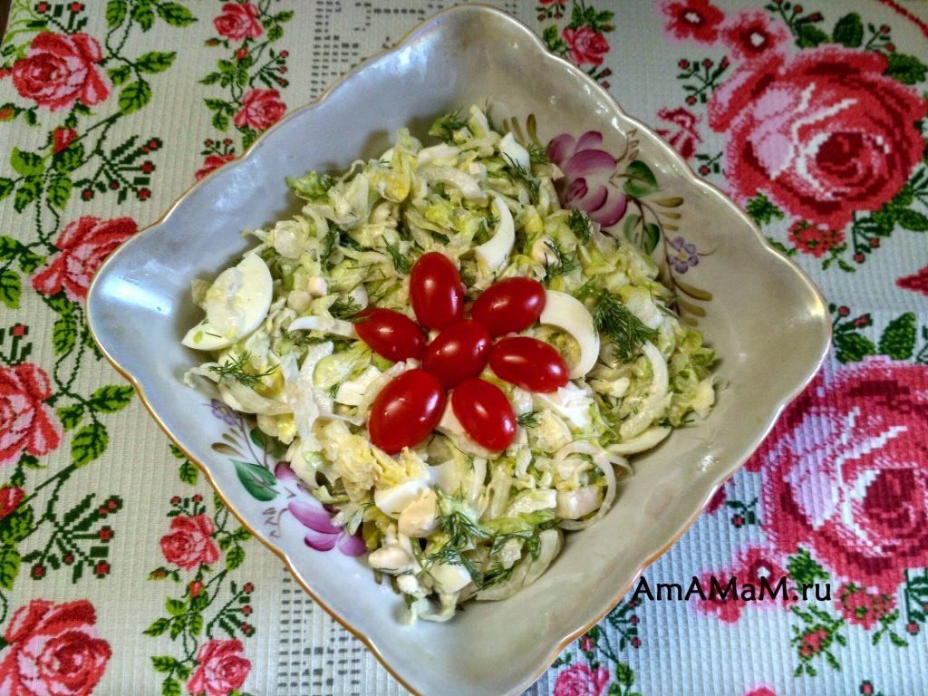 Салат из Айсберга, яиц и майонеза